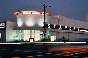Staples Retail: Addition to Moderne Mid-Wilshire / Miracle Mile